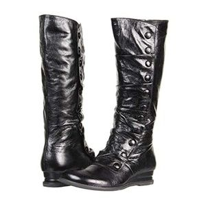 Brand New Never Worn Miz Mooz Bloom Boots Black